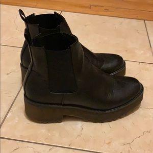H&M Chunky Platform Chelsea Boots